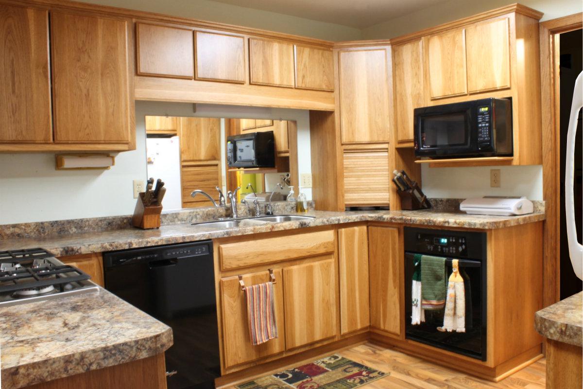 Kitchen - Kitchen cabinet layout and design ...